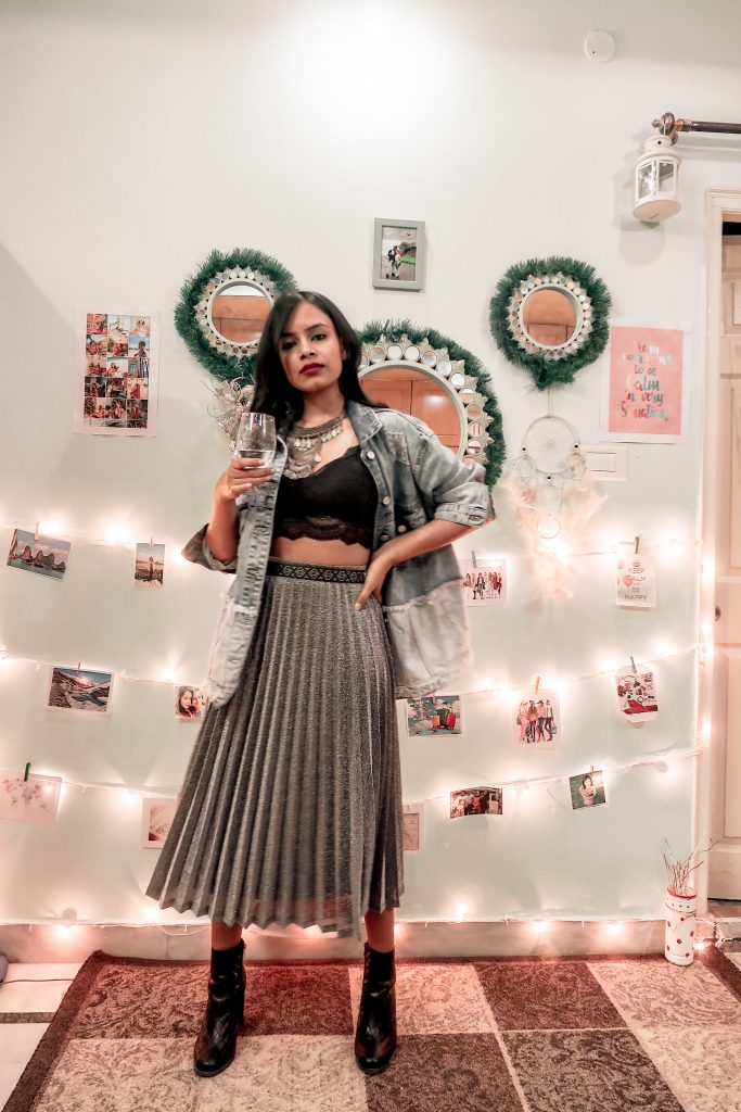 How to Style pleated Midi skirts